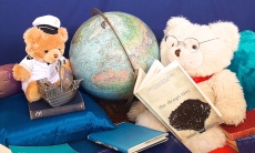 BearsReadBooksDrago Small 2075